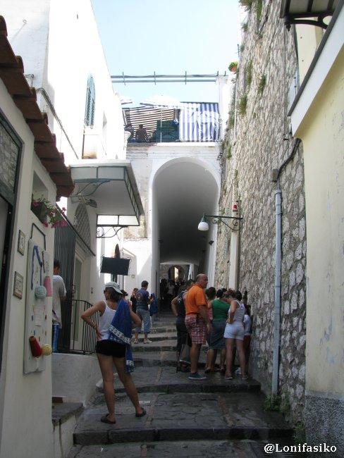Bajada desde Capri hacia Marina Grande