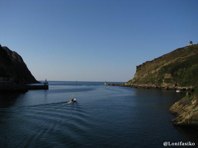 Panorámica de la bocana del puerto de Pasaia - Pasajes
