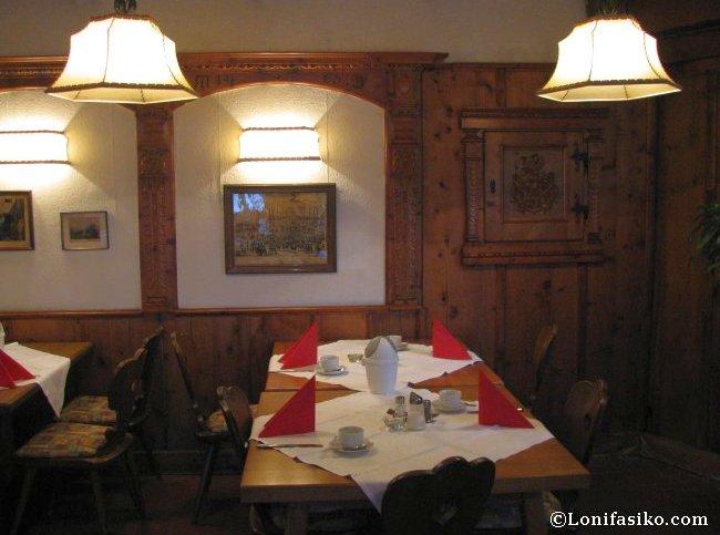 Salón de desayuno del Hotel Heimgartl en Innsbruck