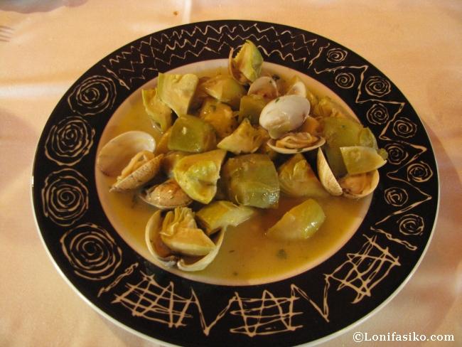 Alcachofas con almejas en el Restaurante Asador Tudanca