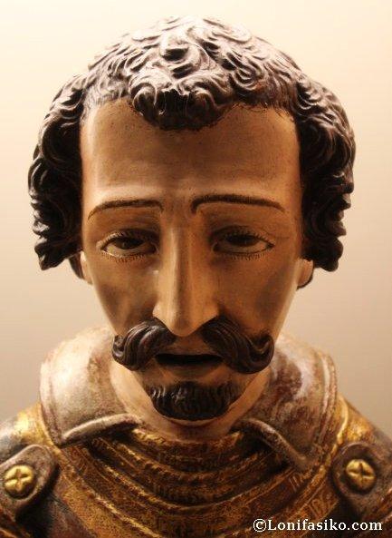 Busto (no es Carlos V) en la sala de exposición del Monasterio de Yuste