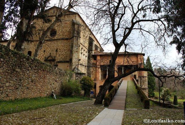 Iglesia y palacete de Carlos V en el Monasterio de Yuste