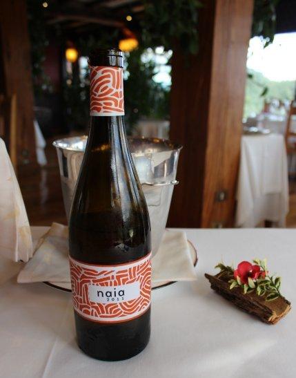 Catando Naia Verdejo 2011 en el Restaurante Andra Mari de Galdakao