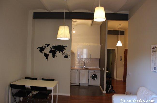 Espacios comunes, unidos, del apartamento, las transiciones son naturales