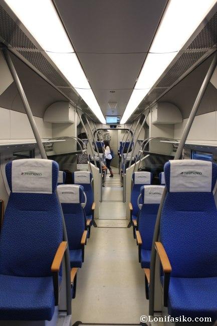 Interior del Malpensa Express