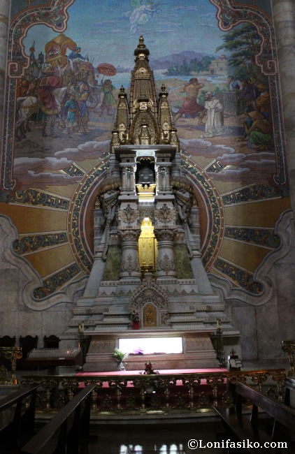 Altar y tumba en honor a San Valentín de Berriotxoa
