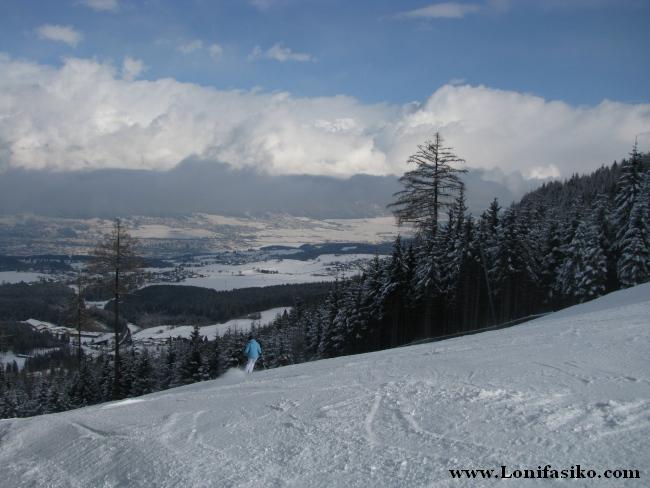 Pistas amplias y buena nieve van de la mano en Patscherkofel