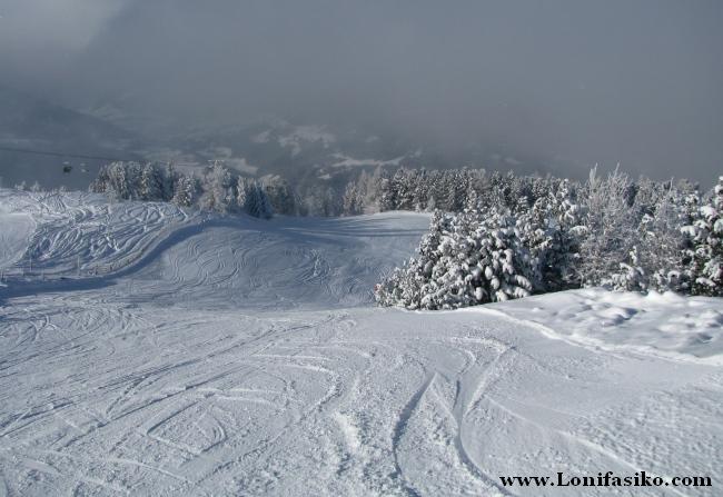 Estación de esquí de Patscherkofel, esquiando en la montaña olímpica de Innsbruck