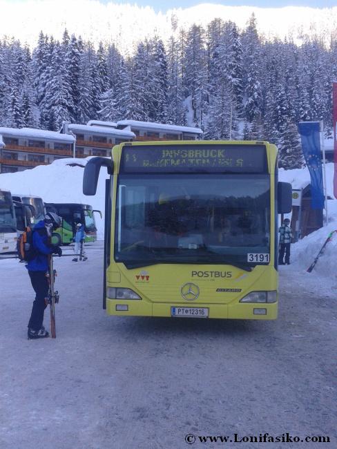 Postbus, el autobús amarillo de transporte gratuito desde Innsbruck a Axamer Lizum