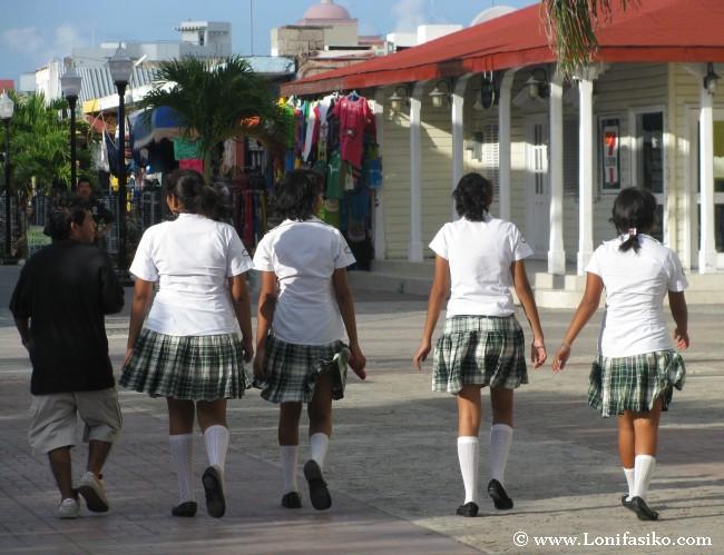 Escuela y vida diaria en Cozumel