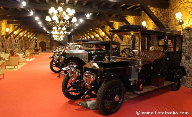 Colección de los Rolls-Royce más antiguos, en el último pabellón visitable