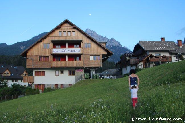 Nuestro alojamiento y primer campamento base en Eslovenia, en Kranjska Gora