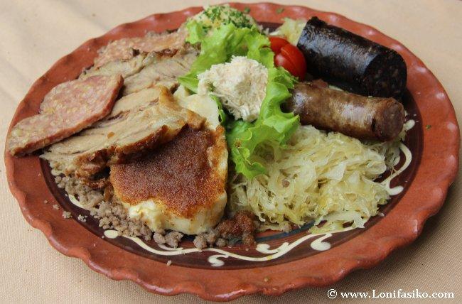 Comer en Eslovenia: La carne, la comida reina del interior del país