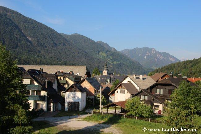 Vistas desde nuestro apartamento sobre la localidad de Kranjska Gora