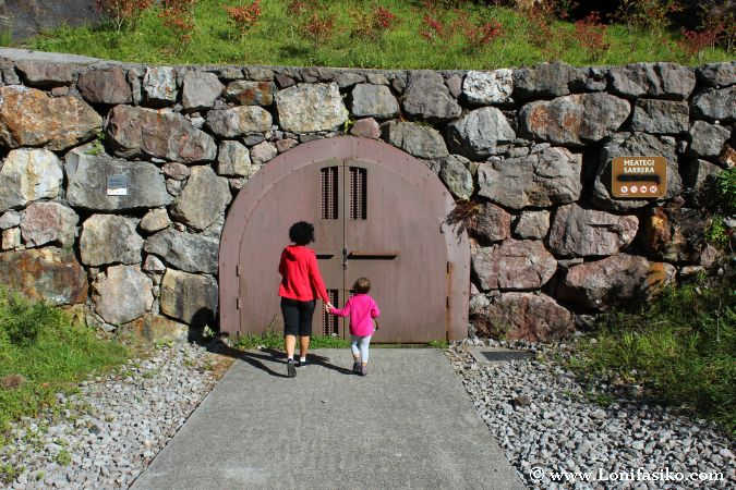 Entrada a las minas de Arditurri