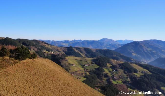 Vistas sobre Debabarrena y Gipuzkoa