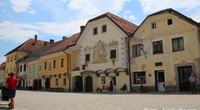 Radovljica, la ciudad medieval de la plaza rectangular