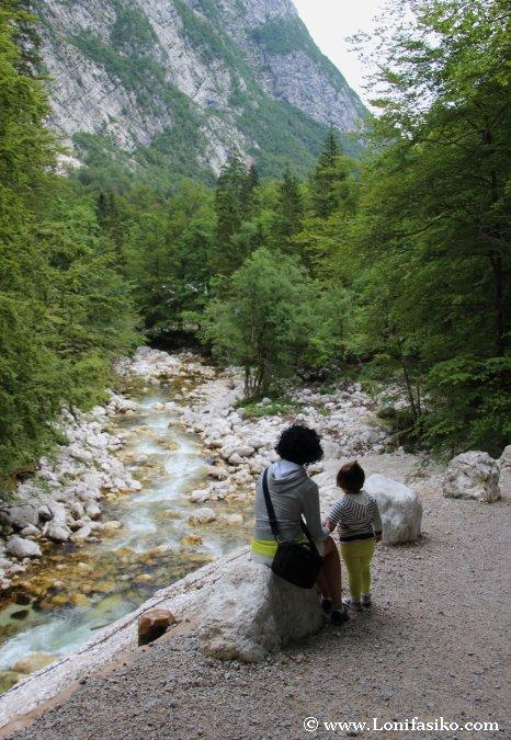 Río Savica, principal nutriente del lago Bohinj
