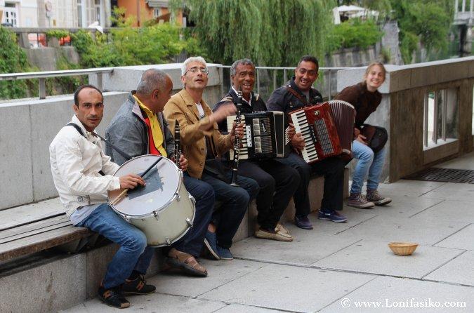 Street music in Ljubljana