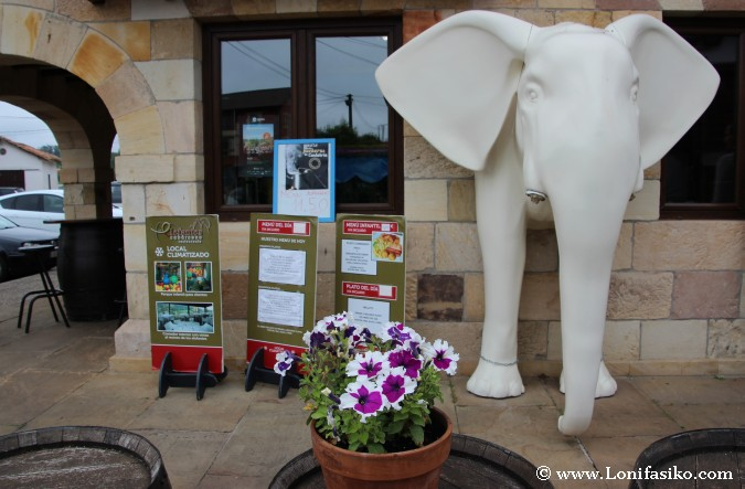 Exterior del Restaurante Los Elefantes