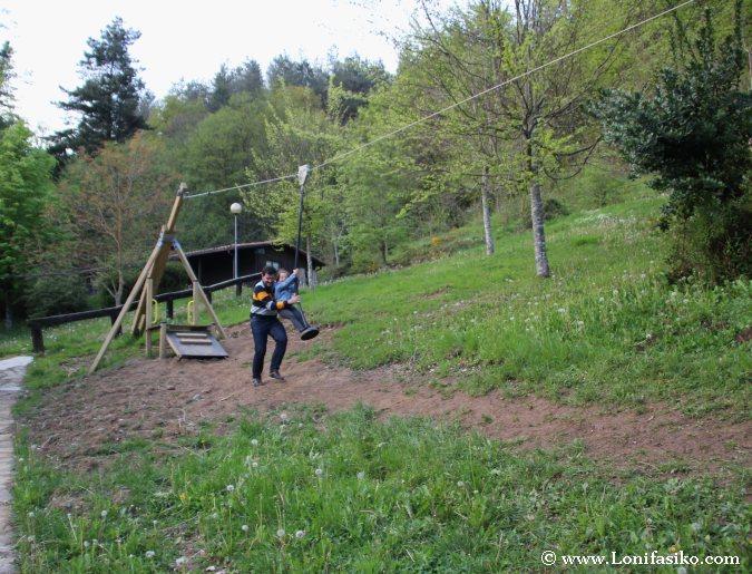Tirolinas para niños en Gipuzkoa