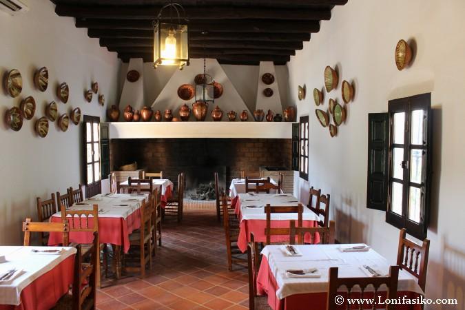 Cocina-Salón de antigua casa de labranza