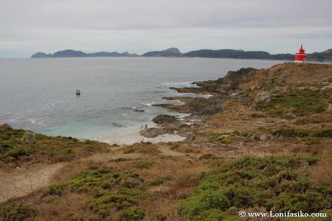 Faro de Punta Robaleira en Cabo Home