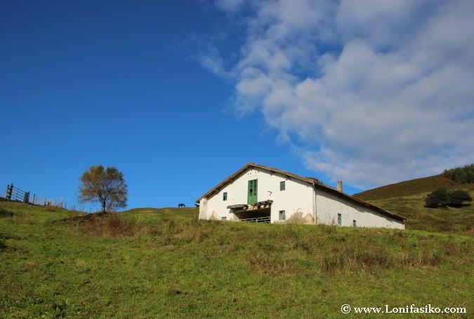Caserío vasco en Euskadi