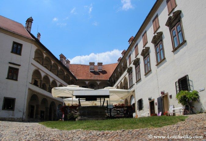 Castillo de Ptuj: patio interior