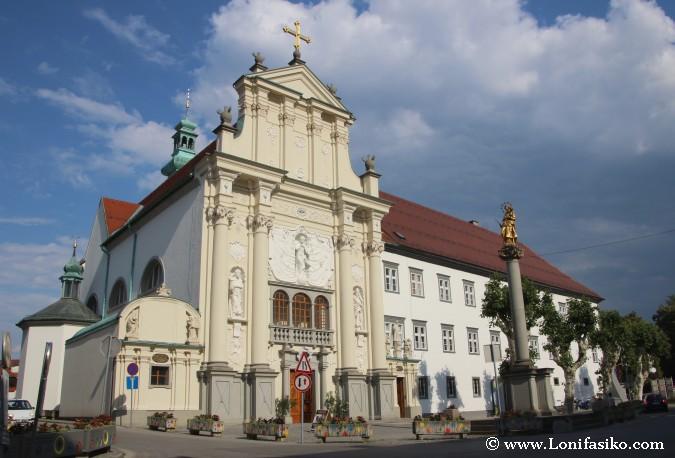 Monasterios e iglesias en Ptuj
