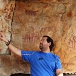 Abrigo de Peña Escrita, la Capilla Sixtina del arte rupestre esquemático en la Península Ibérica