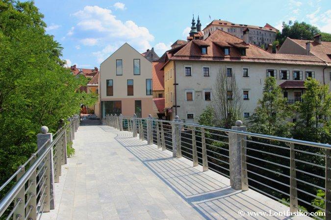 Škofja Loka, acceso al casco histórico