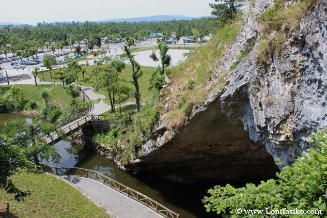 Significado palabra Karst origen Eslovenia