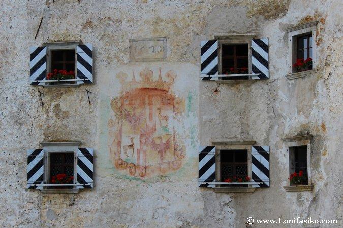 Castillo Predjama Fotografias