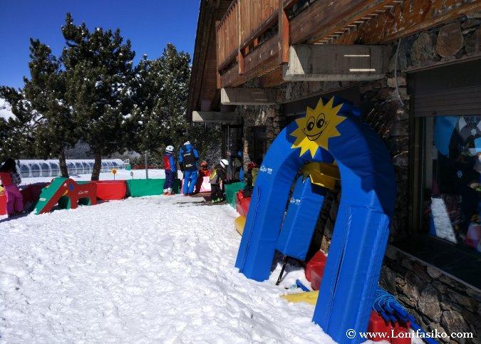 Jardín de nieve y guardería Grandvalira