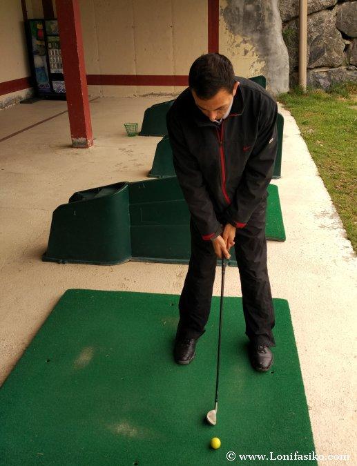 Iniciación al golf postura