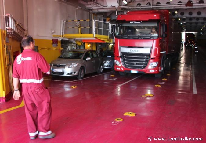 Transporte camiones ferry Elba