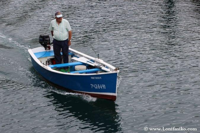 Puerto Luarca Fotos Pescador