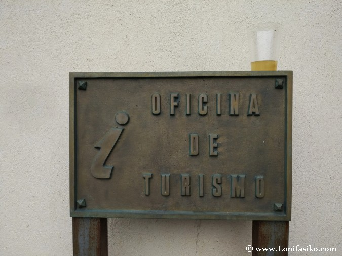 oficina turismo luarca asturias