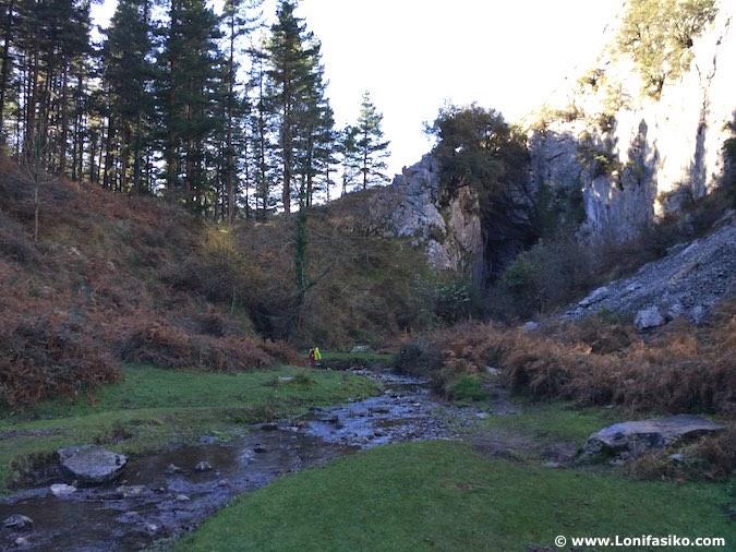 Tunel Abaro Fotos Río Baltzola