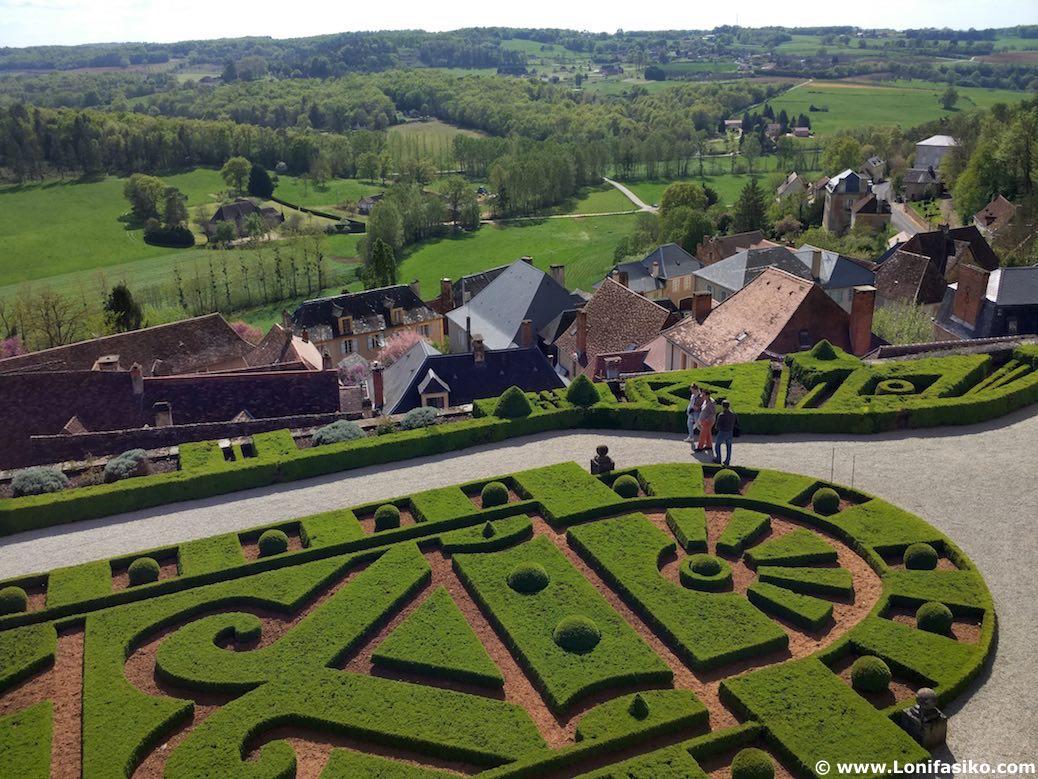 Visitar Château de Hautefort fotos