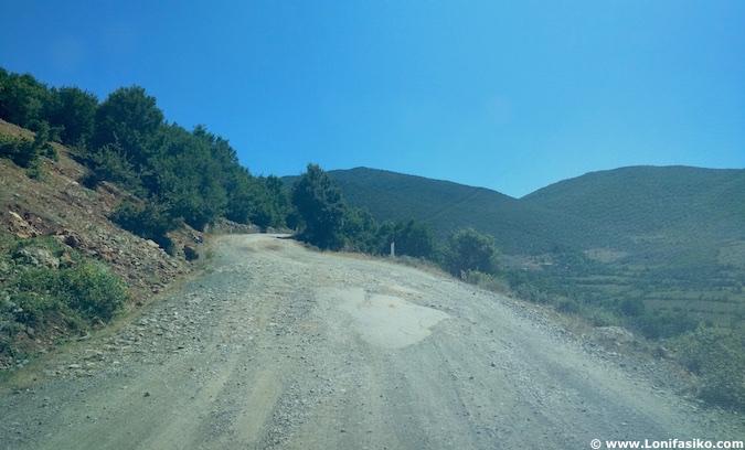 albania circular carreteras