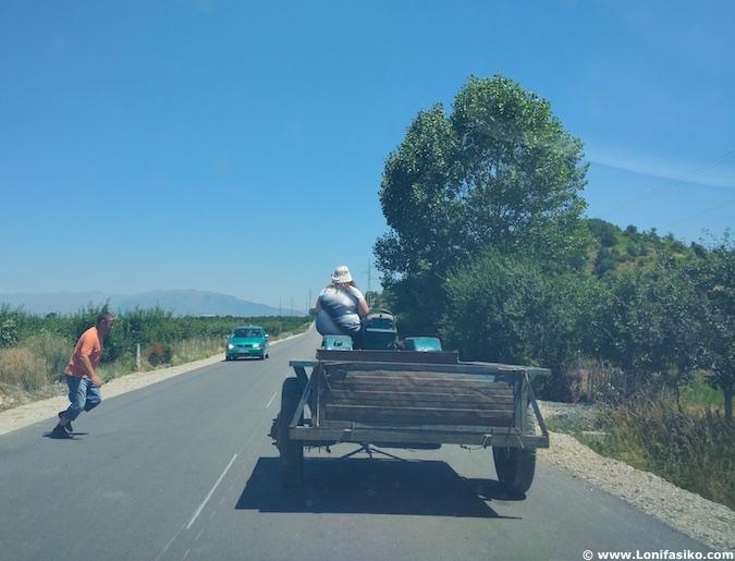 albania carreteras peligrosas