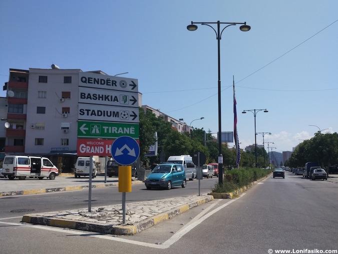 albania carreteras señales