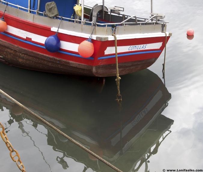 comillas puerto barcos