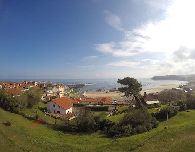 Comillas en Cantabria: fotos playa