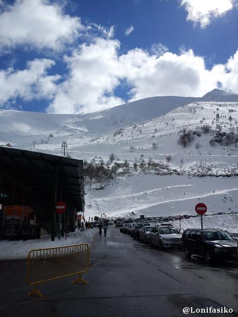 Parking en la estación de esquí de Valdezcaray