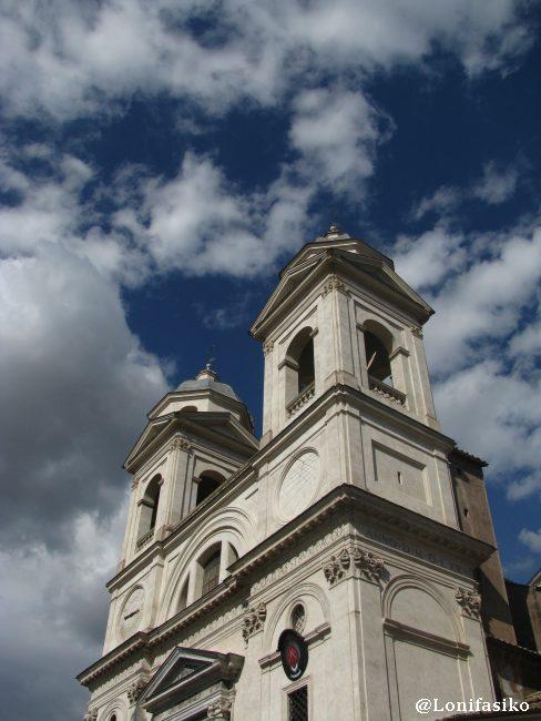 Iglesias de Roma: Trinità dei Monti en Piazza di Spagna