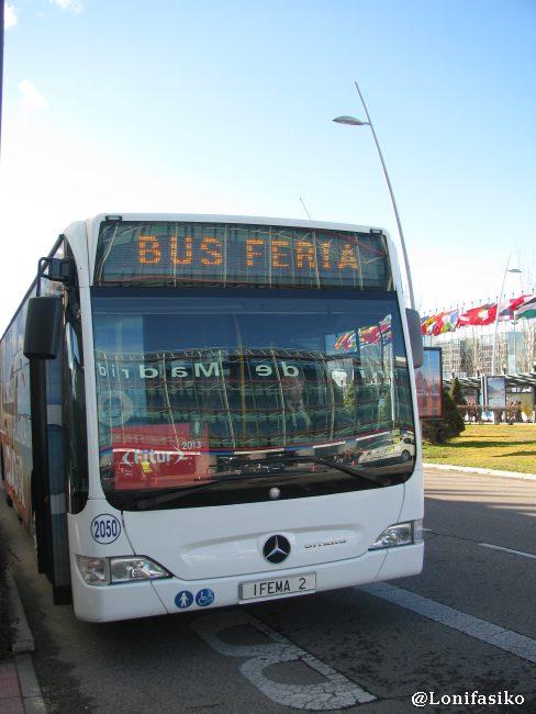 Bus gratuito de la feria, que va desde la Puerta Sur a la Puerta Norte
