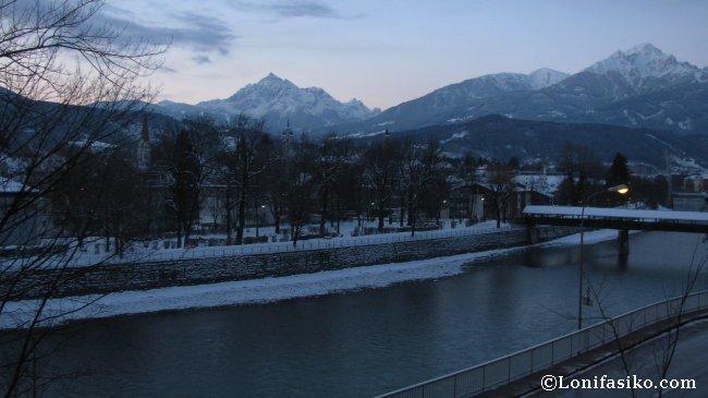 Vistas desde la habitación del Hotel Heimgartl en Innsbruck
